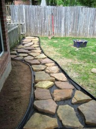 Best DIY Garden Path Designs You Can Bulid To Complete Your Gardens 44