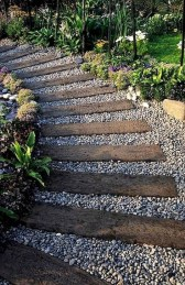 Best DIY Garden Path Designs You Can Bulid To Complete Your Gardens 46