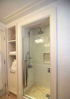 Cool Tiny House Bathroom Remodel Design Ideas 29
