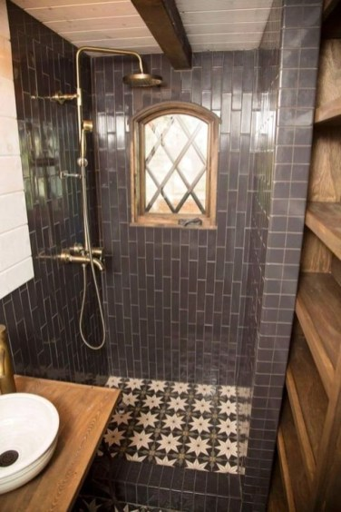 Cool Tiny House Bathroom Remodel Design Ideas 47