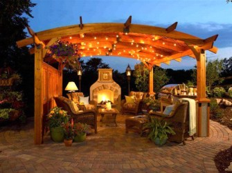 Cozy Gazebo Design Ideas For Your Backyard 17