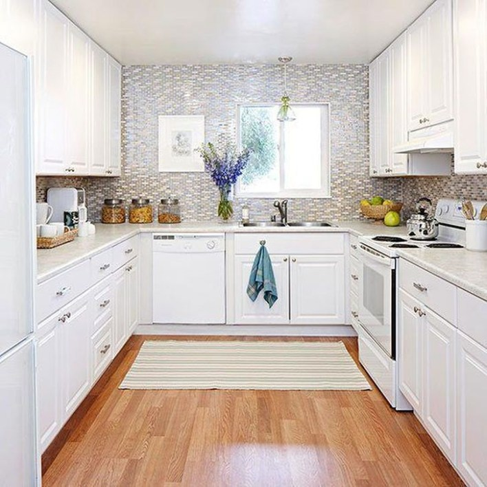 Creative U Shaped Kitchen Remodel Ideas 06