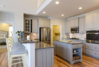 Creative U Shaped Kitchen Remodel Ideas 25