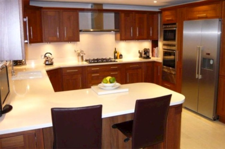 Creative U Shaped Kitchen Remodel Ideas 56