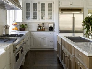 Creative U Shaped Kitchen Remodel Ideas 59
