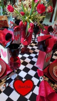 Elegant Table Settings Ideas For Valentines Day 42