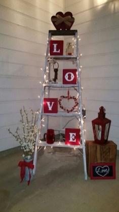 Simple DIY Valentines Day Decor Ideas 07
