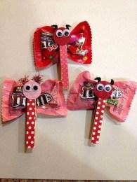 Simple DIY Valentines Day Decor Ideas 11