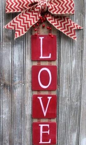 Simple DIY Valentines Day Decor Ideas 34