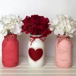 Simple DIY Valentines Day Decor Ideas 37