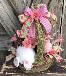 Simple DIY Valentines Day Decor Ideas 40