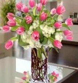 Stunning Valentine Floral Arrangements Ideas 02