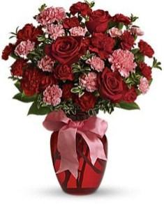 Stunning Valentine Floral Arrangements Ideas 04