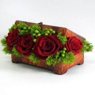 Stunning Valentine Floral Arrangements Ideas 20