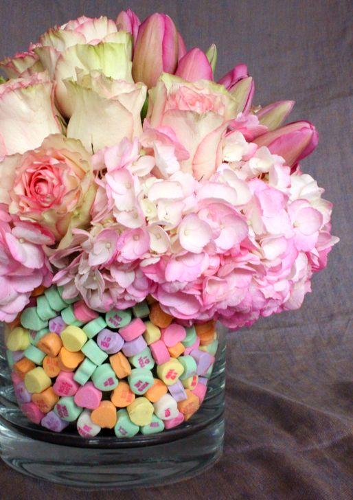 Stunning Valentine Floral Arrangements Ideas 23