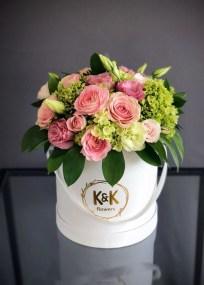 Stunning Valentine Floral Arrangements Ideas 34