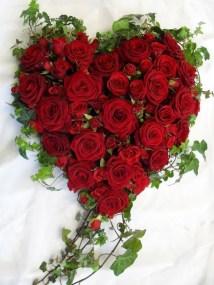 Stunning Valentine Floral Arrangements Ideas 35