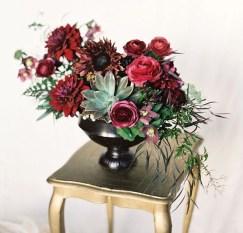 Stunning Valentine Floral Arrangements Ideas 45