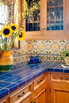 Unique And Colorful Kitchen Design Ideas 18