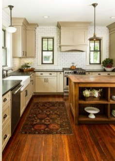 Affordable Farmhouse Kitchen Cabinets Ideas 19