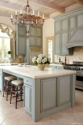 Affordable Farmhouse Kitchen Cabinets Ideas 26