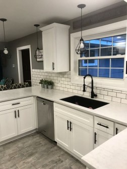 Affordable Farmhouse Kitchen Cabinets Ideas 27