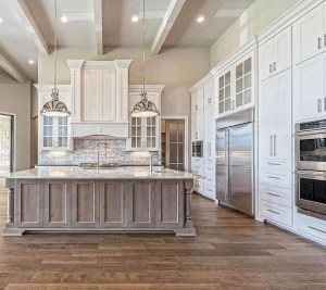 Affordable Farmhouse Kitchen Cabinets Ideas 39