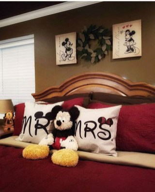 Awesome Disney Bedroom Design Ideas For Your Children 23