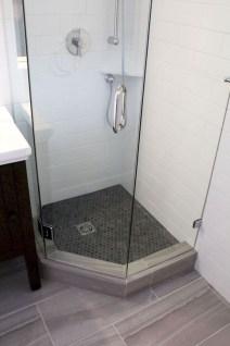 Easy DIY Bathroom Remodel Ideas On A Budget 22