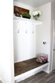 Easy DIY Mudroom Bench Ideas For Inspiration 05