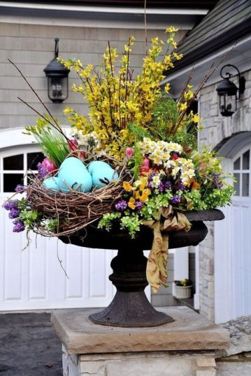 Impressive Porch Decoration Ideas For This Spring 38