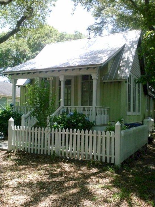 Marvelous Cottage House Exterior Design Ideas 12