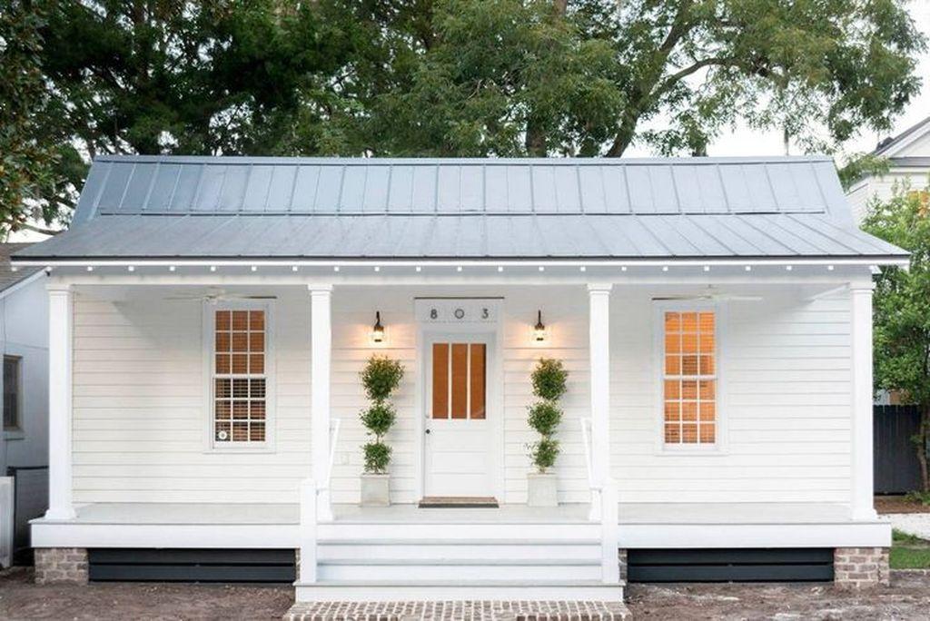 Marvelous Cottage House Exterior Design Ideas 28