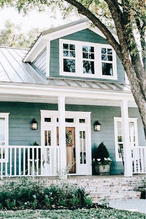 Marvelous Cottage House Exterior Design Ideas 40