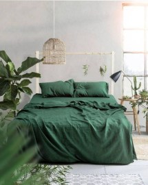 Natural Green Bedroom Design Ideas 05