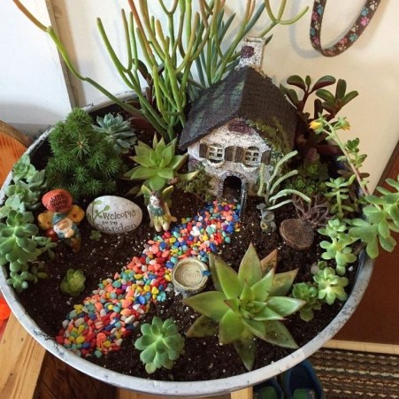 Pretty Fairy Garden Plants Ideas For Around Your Side Home 08