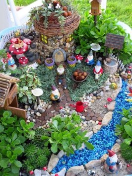 Pretty Fairy Garden Plants Ideas For Around Your Side Home 16
