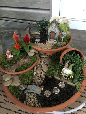 Pretty Fairy Garden Plants Ideas For Around Your Side Home 43