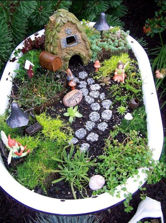 Pretty Fairy Garden Plants Ideas For Around Your Side Home 47
