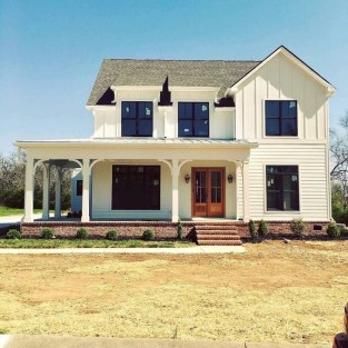 Awesome Farmhouse Home Exterior Design Ideas 03