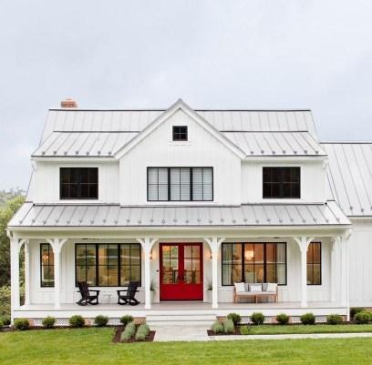 Awesome Farmhouse Home Exterior Design Ideas 23