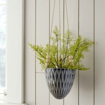 Beautiful Hanging Planter Ideas For Outdoor 28