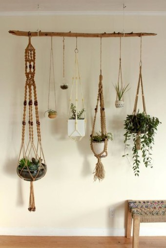Beautiful Hanging Planter Ideas For Outdoor 39