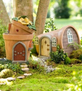 Brilliant DIY Fairy Garden Design Ideas 21
