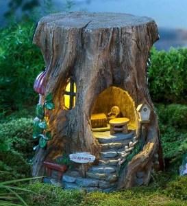 Brilliant DIY Fairy Garden Design Ideas 38