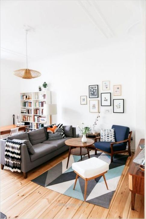 Comfy Colorful Sofa Ideas For Living Room Design 32