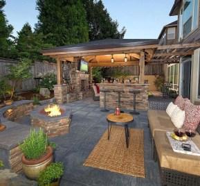 Cozy Outdoor Kitchen Design Ideas 50