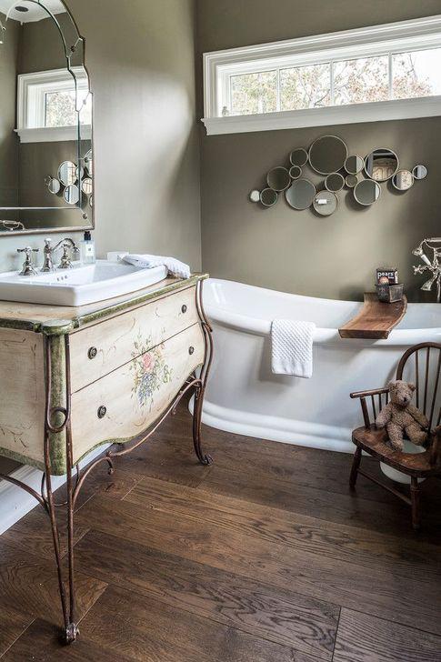 Cute Shabby Chic Bathroom Design Ideas 04