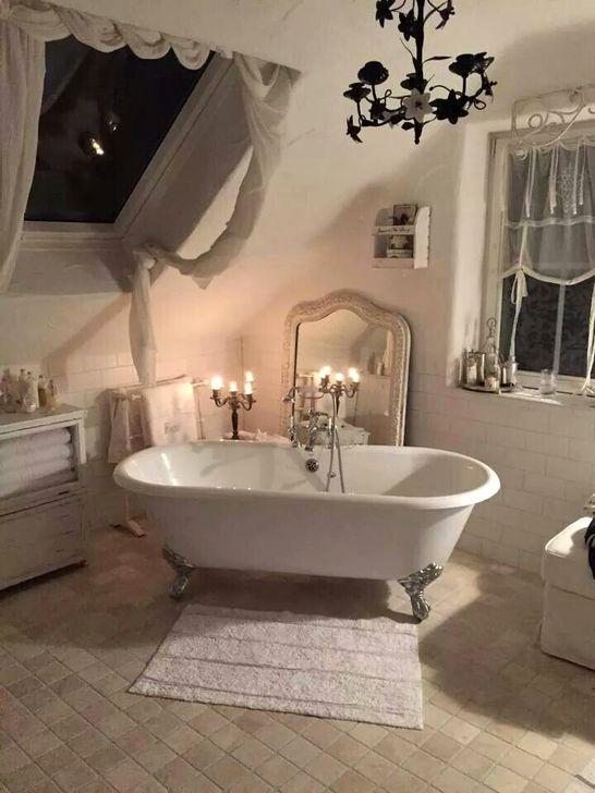 Cute Shabby Chic Bathroom Design Ideas 07