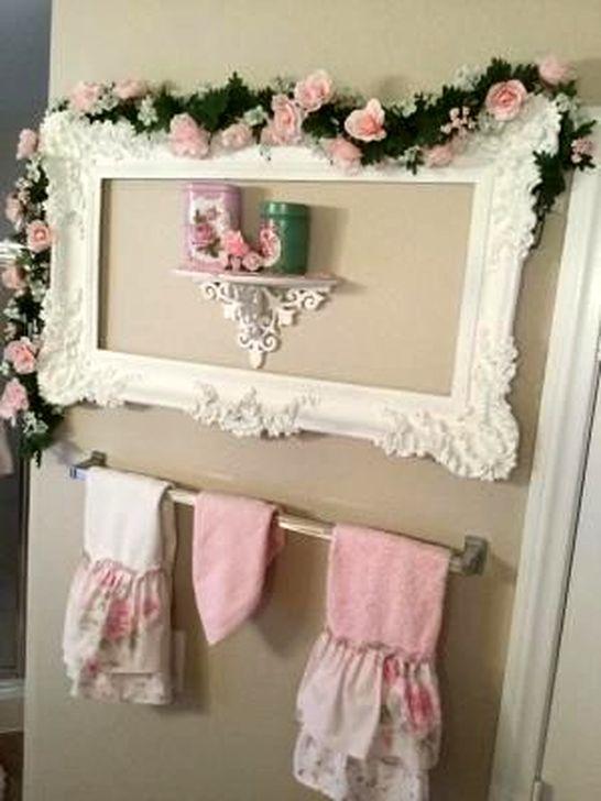 Cute Shabby Chic Bathroom Design Ideas 39